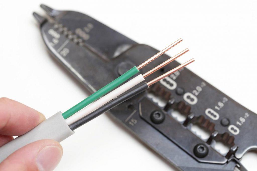 取扱 業務 電気 特別 教育 低圧